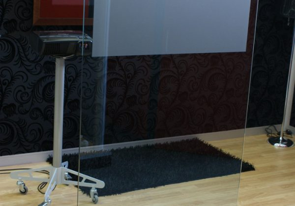 glass projection stand