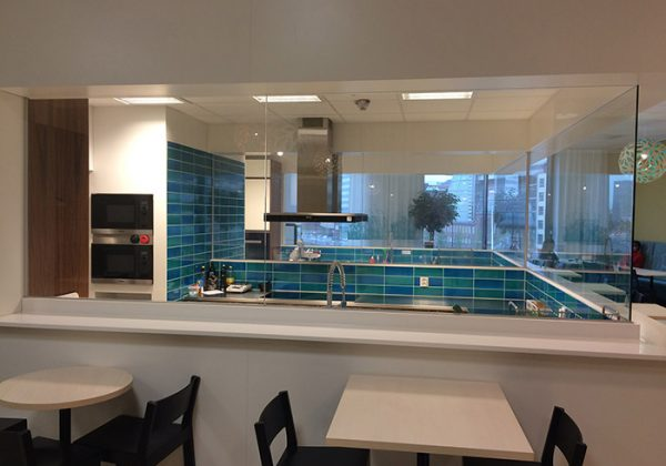 laminated-switchable-glass-2