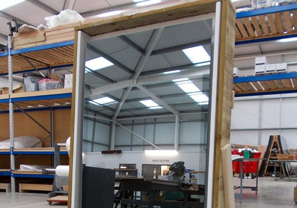 mirror-glass-pro-display-warehouse