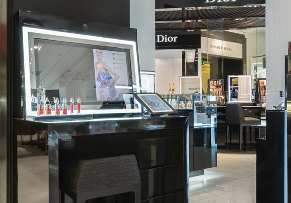 mirror-tv-screen-christian-dior-london-