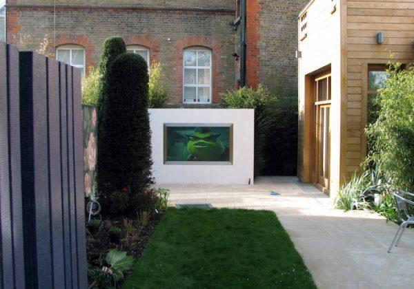 sunscreen rear projection screen garden